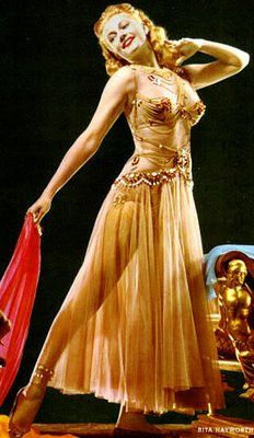 Rita Hayworth Movie: Salomé Rita Hayworth's 'Princess Salome' wore this flesh chiffon dress with halter by Jean Louis for the 'Dance of the Seven Veils' sequence in Salomé, Vintage Hollywood, Hollywood Glamour, Classic Hollywood, Hollywood Jewelry, Hollywood Actresses, Movie Costumes, Dance Costumes, Rita Hayworth Movies, Margarita