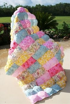How to make a puff quilt FOR BEGINNERS :) Pt. 1 - Click image to find more diy  crafts Pinterest pins