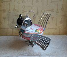 Birdie the Bitty Bot by FairyJunkMother on Etsy Found Object Art, Found Art, Metal Crafts, Wood Crafts, Sculpture Metal, Tin Art, Scrap Metal Art, Mandala, Assemblage Art