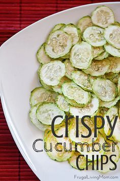 Looking for a light and healthy snack?  How about these crispy cucumber chips…