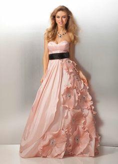 fb5edaa0712 28 Best Dream prom dressing images