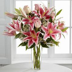 Bouquet de lys stargazer dans un vase | Bouquet | Plantes & Fleurs fraiches | MesFleurs