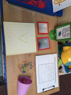 Design, copy and create pictures or shapes using geo boards