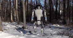 Tecnologia: da Google Atlas il robot dalle sembianze umane - Google Atlas! A distanza di un anno dalla presentazione del cane-robot, Boston Dynamics, l'azienda del Massachusetts specializzata nel settore della robotica, acquisita da Google nel 2013, ha diffuso un video che mostra la nuova generazione di Atlas. Si tratta di un robot dalle sembianze umane capace di muoversi con agilità anche nelle situazioni più difficili, …