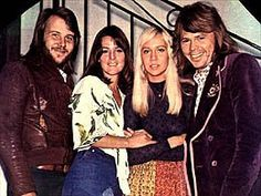 """At the beginning of August 1973, the group appears in Oslo in the famous Norwegian programme """"Momarkedet"""" for the benefit of the """"Red Cross"""". They interpret the theme """"Ring, Ring""""."""