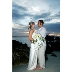 Romantic Getaway Tour Phuket If your idea of a perfect wedding is on a beautiful small island or beach as the sun sets over the horizon then look no further than Coral Seekers