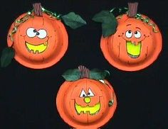 Classroom Crafts Projects for Halloween Halloween Crafts For Kids, Halloween Art, Halloween Themes, Halloween Pumpkins, Happy Halloween, Halloween Decorations, Funny Halloween, Pumpkin Pictures, Hallowen Ideas