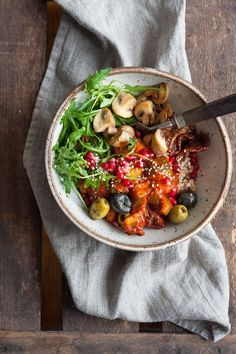 Rainbow Buddha Bowl Veggie Recipes, Vegetarian Recipes, Healthy Recipes, Superfood, Clean Eating Recipes, Healthy Eating, Vegan Recepies, Food Bowl, Healthy Smoothies