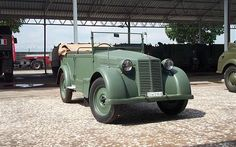 "Fiat 508 CM 1100 -modified, improved on several parameters (ground clearance, tires for sand, increased fuel tank.) a citizen of the Fiat 508 ""Balilla Army Vehicles, Armored Vehicles, Vintage Cars, Antique Cars, Italian Army, Axis Powers, Car Wheels, Panzer, Old Trucks"