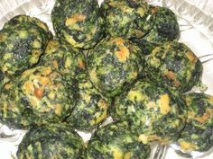 Spinach Balls from Food.com: A healthy and great appetizer to go with Thanksgiving dinner. #ultimatethanksgiving