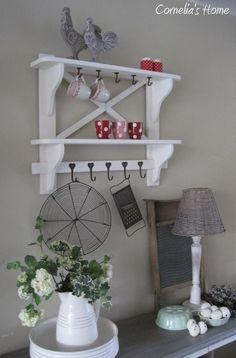 Art Drawings, Shelves, Wood, Home Decor, Closet Wallpaper, Shelving, Madeira, Homemade Home Decor, Woodwind Instrument