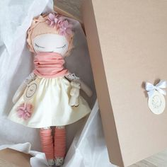 #handmadedoll #handmade #doll #fabric #fabricdoll #clothdoll #ragdoll #mydoll #instagram