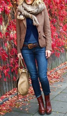 AUTUMN STREET STYLE | Denim, Scarf, and Blazer | La Beℓℓe ℳystère