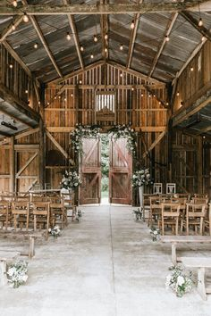 Country Barn Weddings, Rustic Wedding Venues, Farm Wedding, Dream Wedding, Farmhouse Wedding Venue, Western Weddings, Barns For Weddings, Country Wedding Themes, Rustic Outside Wedding
