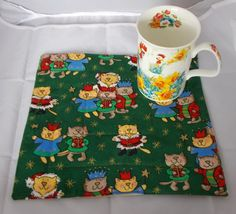 Cat Mug Rug, Cup Mat, Candle Trivet, Snack Mats Mini Quilts, Coffee and Tea mat, Green Mug rugs, girlfriend gifts, home wears, decoration,