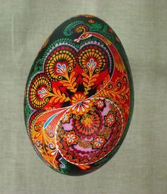 Petrykivka - Ukrainian folk art. @eclare google it. There's lots of awesome floral designs
