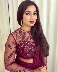 Shreya Ghoshal pop music singer Insta naughty actress cute and hot tollywood plus size item girl Indian model unseen latest very beautiful a. Stylish Blouse Design, Fancy Blouse Designs, Bollywood Actress Hot Photos, Beautiful Bollywood Actress, Shreya Ghoshal Hot, Bra And Underwear Sets, Bollywood Designer Sarees, Indian Gowns Dresses, Sr K