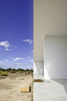 Completed in 2011 in Formentera, Spain. Images by Estudi EPDSE. Place Es Pujol de s'Era is a fairly representative fragment of the inland landscape of the island of Formentera. Ibiza, Island Villa, Dry Stone, Inspiration Design, Minimal Home, Beautiful Bathrooms, Bathroom Interior Design, Outdoor Spaces, Interior And Exterior