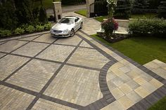 Patio paver ideas for your garden or backyard. Stone, brick, and block paver design ideas. Modern Driveway, Stone Driveway, Driveway Paving, Driveway Design, Concrete Driveways, Driveway Landscaping, Driveway Ideas, Backyard Pavers, Paver Walkway
