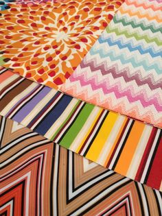 Zig zag Onil outdoor rug and MissoniHome outdoor fabrics