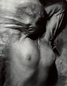 Erwin Blumenfeld- Nude Under Wet Silk, Paris, circa I wish the silk distorted the erotism of the image and transformed the body into an unidentifiable pile of flesh. Nude Photography, Black And White Photography, Fine Art Photography, Fashion Photography, Photography Courses, Monochrome Photography, Vintage Photography, Creative Photography, Newborn Photography