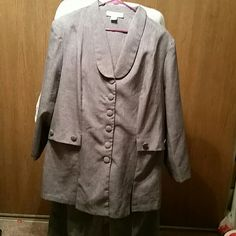 Womens lightweight grey pant suit MOVING SALE. This is a grey suit by Allison Woods. It has never been worn and is a size 22 Tall. The pants are straight leg and can be taken in easily.  The pants have a 33 inch inseam. Some buttons loose when recieved. Allison Woods Jackets & Coats Blazers
