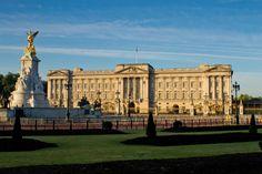 Buckingham Palace, London Travel, Louvre, Building, Buildings, Construction