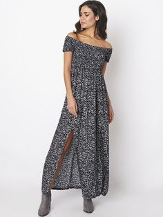 Off-shoulder Floral Print Slit Elastic Women Maxi Dress is high-quality, see other cheap summer dresses on NewChic. Maxi Dress Wedding, White Maxi Dresses, Women's Dresses, Floral Print Maxi Dress, Animal Print Dresses, Black Long Sleeve Dress, Shoulder, Filling Balloons, Casual Wear