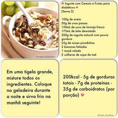 Iogurte com cereais e frutas