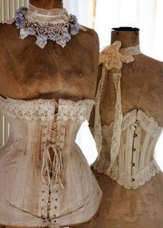 Vintage corset's ❤