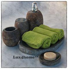 Zestaw łazienkowy na kosmetyki od Lux4home™: Pojemnik na mydło, mydelniczka, taca na ręczniki, kubek i kubek na szczoteczki.  Lux4home™ produkuje tego rodzaju akcesoria. Do kompletu z tego samego kamienie produkujemy: umywalki nablatowe, umywalki stojące, wanny i brodziki
