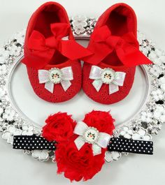 Baby Girl Crib Shoes and Headband Set by BabyLaylaLand on Etsy
