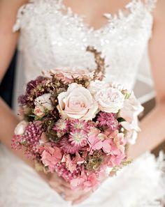 Brautstrauß in zarten rosatönen