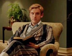 The armchair featured in the closing scene of chapter Casualties Of War, Matthew Crawley, Dowager Countess, Dan Stevens, Disney Princes, Marquis, Historical Fiction, Downton Abbey, Jasmine