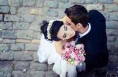 noivas, couples, nicole oleander, bh, flores, smile, buquê, fotos ao ar livre, wedding, book de casamento, casal, noivos, love
