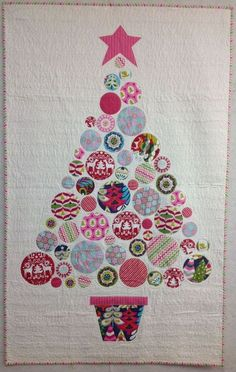 The Patchwork Angel Christmas Tree Quilt, Christmas Patchwork, Christmas Quilt Patterns, Christmas Wall Hangings, Christmas Applique, Christmas Sewing, Noel Christmas, Christmas Projects, Christmas Quilting