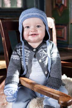 Blå ull romper i Marius-mønster Winter Hats, Rompers, Kids, Baby, Fashion, Young Children, Moda, Boys, Fashion Styles