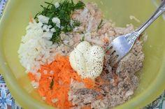 O gustare delicioasă dintr-o simplă conservă de pește - Bucatarul Food Table Decorations, Sardinia, Grains, Rice, Ethnic Recipes, Preserve, Seeds, Laughter, Dining Table Decorations