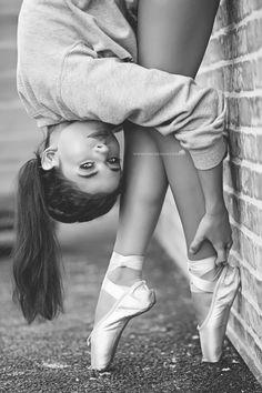 Urban Ballerina, Ballet Photography, www.cmh-design.com