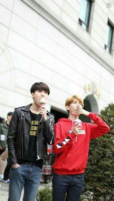 Sehun + Baekhyun watching KKK and PMC dancing on the schoolyard like pros Sehun, Park Chanyeol, 2ne1, Got7, Exo Couple, Xiuchen, Kim Minseok, Big Bang, Kris Wu
