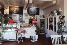 Café Little Britain Little Britain, Table Settings, Asylum, Place Settings, Tablescapes