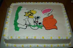 pastel con dibujo de conejo