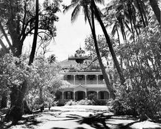 Honolulu, Hawaii: 1957    1957 photo of the ward estate. The entire estate was demolished in 1959 to make room for the Concert Hall, Exhitition Hall and the Blaisdell Center.It covered the entire block of Ward Ave. King St. and Kapiolani Blvd.