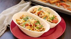 Sheet-Pan Chicken Fajita Bowls Recipe from Old El Paso Fajita Bowl Recipe, Chicken Fajita Bowl, Fajita Bowls, Chicken Fajitas, Tortilla Bowls, Chicken Burritos, Chicken Salad, Grilled Chicken, Mexican Food Recipes