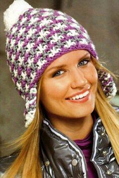 Трехцветная шапка с ушками и балабоном. Вязаная спицами   Блог elisheva.ru