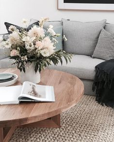 "3,891 Likes, 51 Comments - T H E S T A B L E S (@the_stables_) on Instagram: ""Happy Sunday! Here is a little bit of coffee table styling I did a few weeks back plus some flower…"""