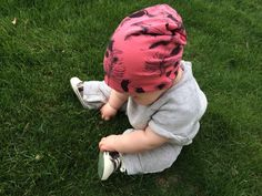 Baby slouchy beanie feather print by MiniEm on Etsy, $10.00