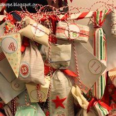 Παίζοντας με τα παραμύθια {Κάρτες για θεατρικό παιχνίδι} - Craftaholic Xmas, Christmas, Wonderful Time, Gift Wrapping, Joy, 2 Boys, Advent Calendars, Theatre, Drama