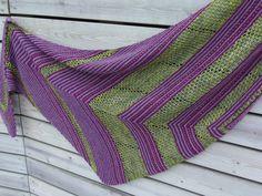 Lankaterapiaa: Kryptoniittia - My Cryptonite shawl by Melanie Berg