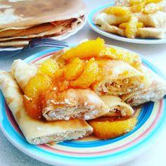 Naleśniki z twarogiem i sosem pomarańczowym. Przepis kilka dni temu pojawił się na blogu :) French Toast, Breakfast, Food, Morning Coffee, Essen, Meals, Yemek, Eten